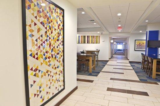 Rochester Hills, MI: Hotel Lobby