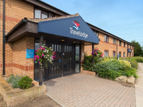 Thorpe On The Hill, UK: Travelodge Exterior
