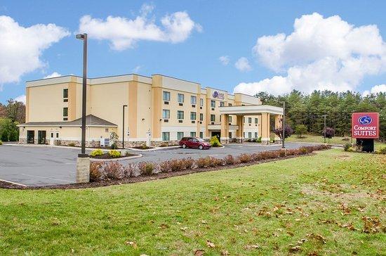 Comfort Suites Lewisburg: Exterior