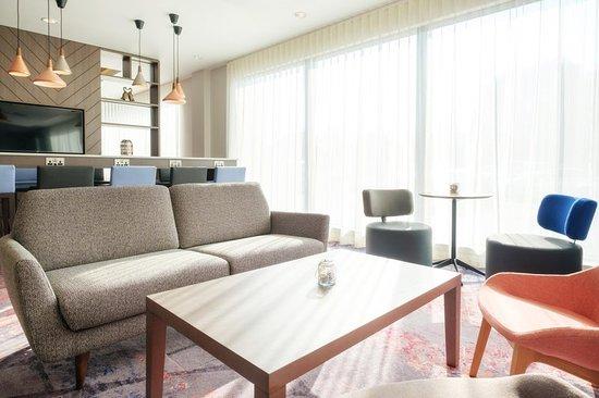 Westhill, UK: Lounge