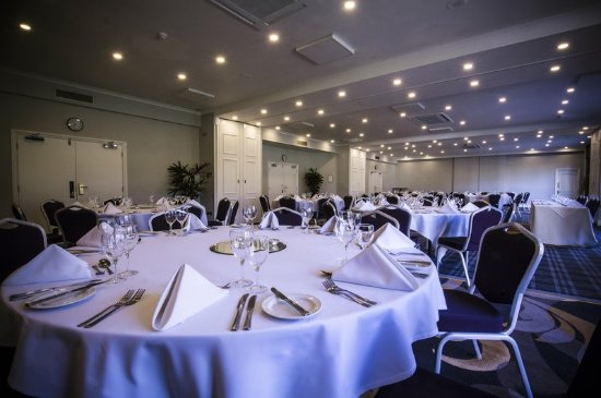 Charlton Kings, UK: Meeting, Tables Setup
