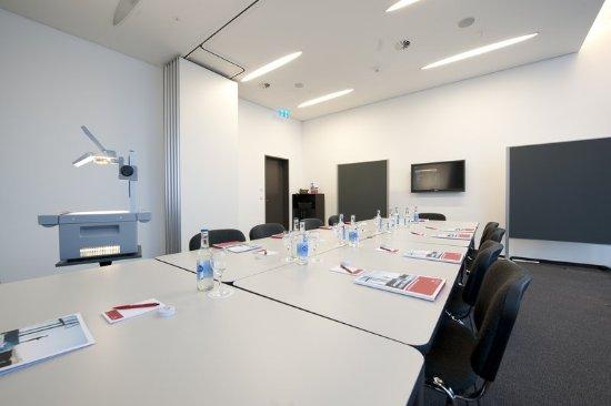 Schindellegi, Schweiz: Conference Room