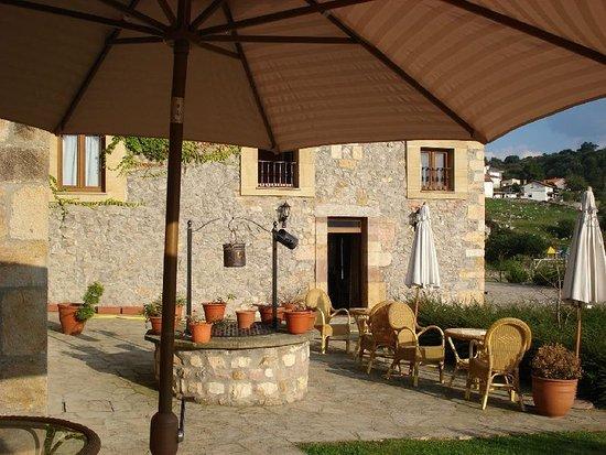 Los Corrales de Buelna, Spain: 894702 Bar/Lounge