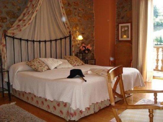 Los Corrales de Buelna, Spain: 894702 Guest Room