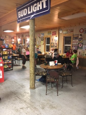 Snowshoe, WV: dining