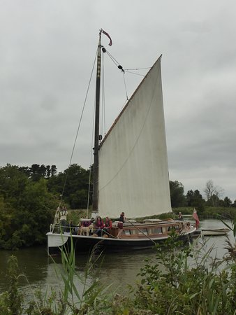 Ludham, UK: Boating along the broads