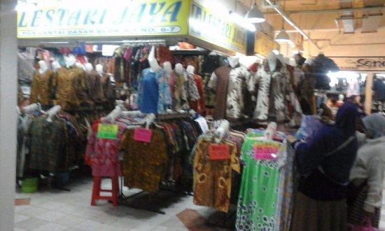 Pusat Grosir Solo ( PGS )  Batik-batik diobral murah mulai 25rb per potong c5c444e531