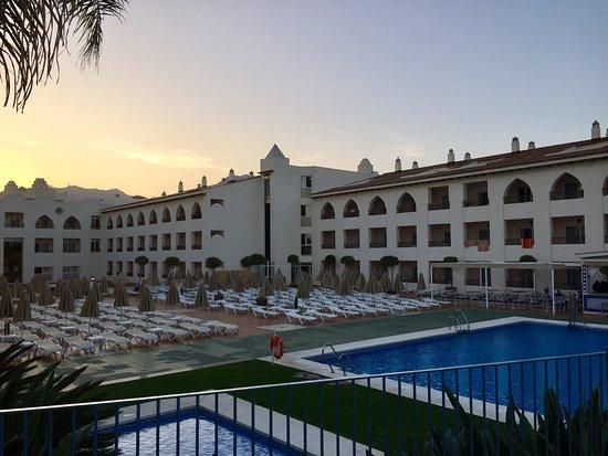 Hotel mac puerto marina benalmadena costa del sol - Mac puerto marina benalmadena benalmadena ...