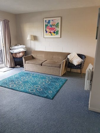 Warkworth, New Zealand: lounge room