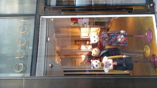 Fifth Avenue: 20170930_093529_large.jpg