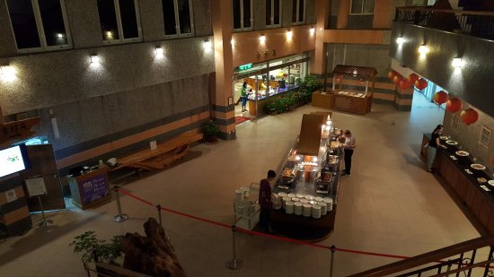 Sun-Link-Sea Hotel: 自助式餐廳