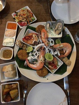 Barracuda Restaurant & Bar: photo1.jpg