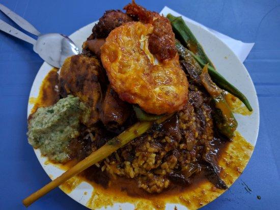Nasi Kandar Loaded With Gravy Picture Of Deen Maju George Town Tripadvisor
