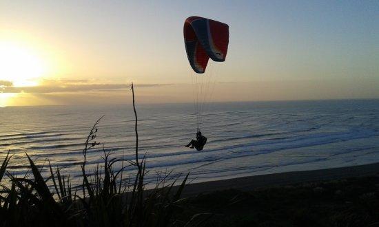 Ngarunui Beach Φωτογραφία