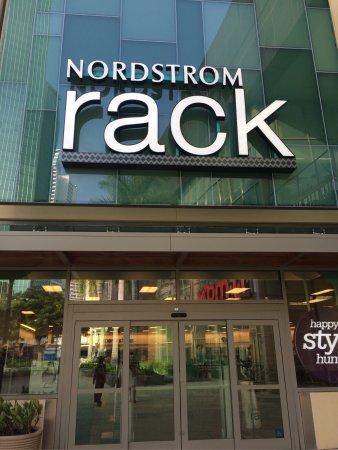 Nordstrom Rack (Seattle) 2020 Alles wat u moet weten