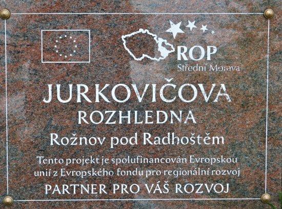 Roznov pod Radhostem, Czech Republic: Pamětní deska rozhledny.