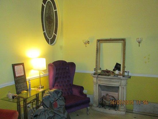 Petit Hotel El Vitraux Photo