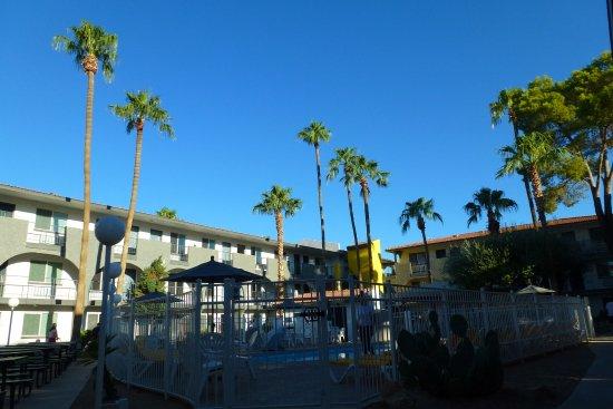 Hospitality Suite Resort: Une partie de l'hôtel