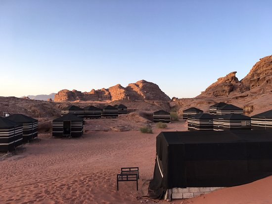 Wadi Rum, Yordania: The back of the camp