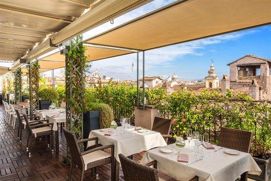 I sofa bar restaurant roof terrace 289 for 211 roof terrace cafe