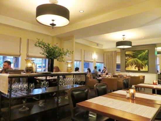 Menlo Park, CA: Fine dining ambiance at Menlo Grill Bistro - CA (18/Aug/17).