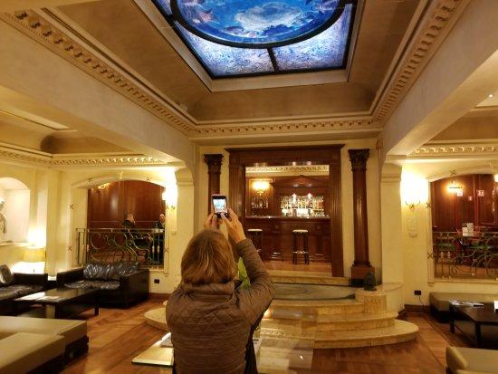 River Palace Hotel: 20171009_055845_large.jpg