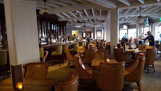 Hotel Del Coronado Busy Restaurants
