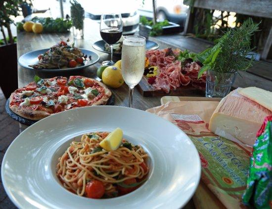 Sunshine Beach, Australia: Fratellini Banquet