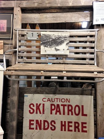 "Falls Creek, ออสเตรเลีย: Kids loved looking at how ""safe"" the chairs used to be."