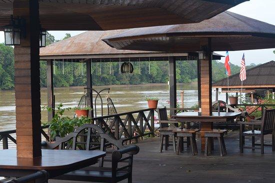 Kinabatangan Riverside Lodge: View across the river