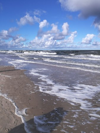 Dziwnówek, Polska: Plaża - październik 2017