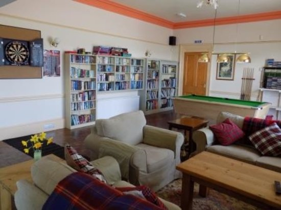 Whithorn, UK: guest lounge and games room