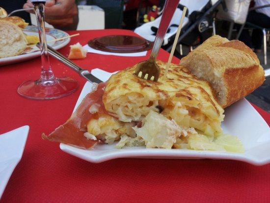Deba, España: tortilla jambon fromage