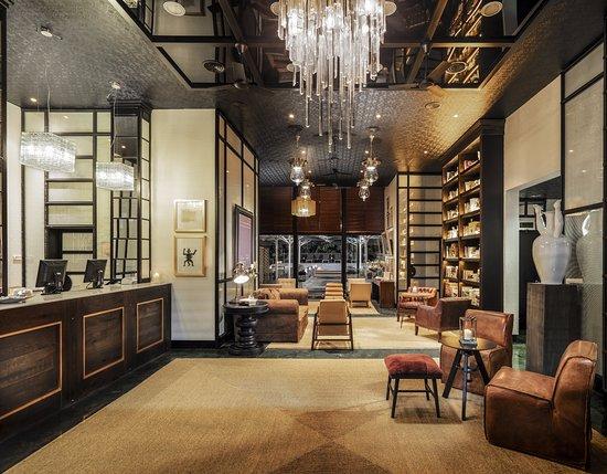 H10 Itaca Hotel: Recepción / Lobby