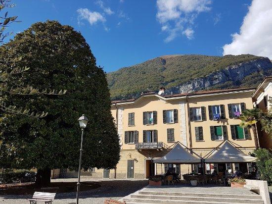 Меццегра, Италия: location tranquilla