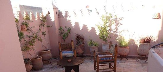 Riad Dar Dialkoum: Rooftop 2