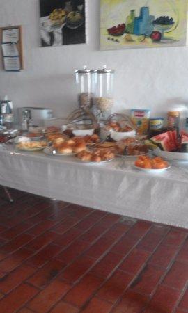 Monte Das Alpenduradas: Mesa de Pequeno-almoço buffet 5*****