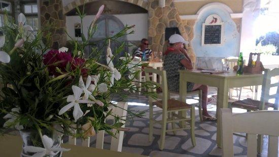 Kastraki, Grecia: Gemütlich sitzen und genießen...