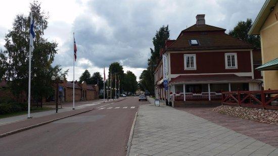 Restaurang Vasagatan 32: restaurant is red, vasaloppet museum on the far right (yellow building)