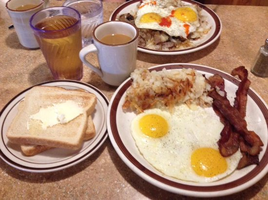 New Lenox, IL: Country Charm Breakfast