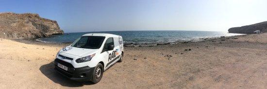 Tarajalejo, España: Nuestra furgoneta en el Puertito