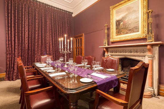 Nutfield Priory Hotel & Spa: Private dining