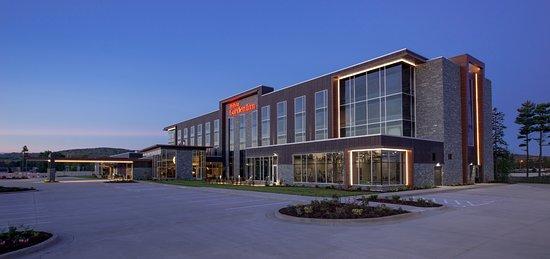 Wausau, WI: Hilton Garden Inn Exterior