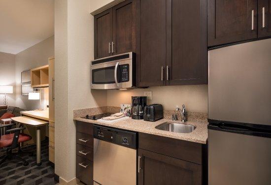 Vista, Kaliforniya: Guestroom Kitchen