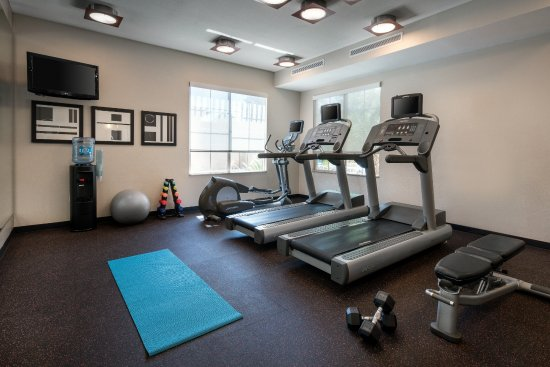 Vista, CA: Fitness Center