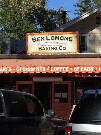 Ben Lomond, CA: Front of Bakery