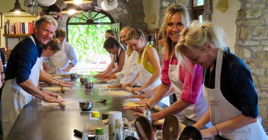 Chiaveretto, Italia: Tuscookany kitchen
