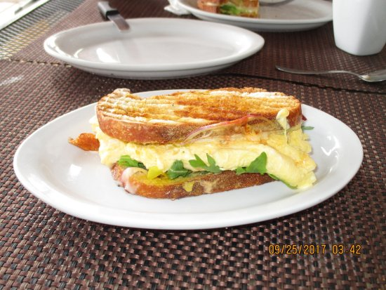 The Cabo Bakery : Ham and scrambled eggs. Too die for!