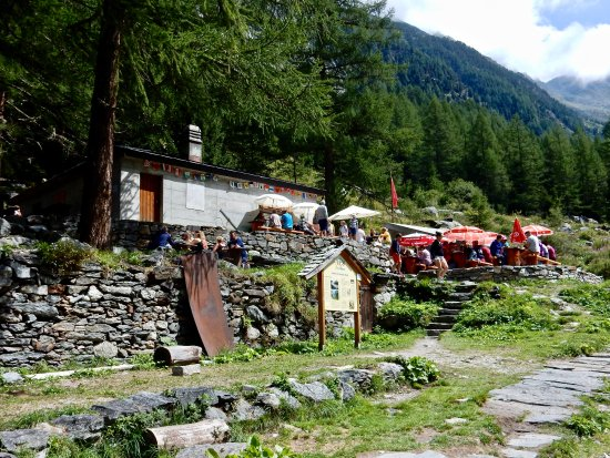 Trient, Szwajcaria: La buvette