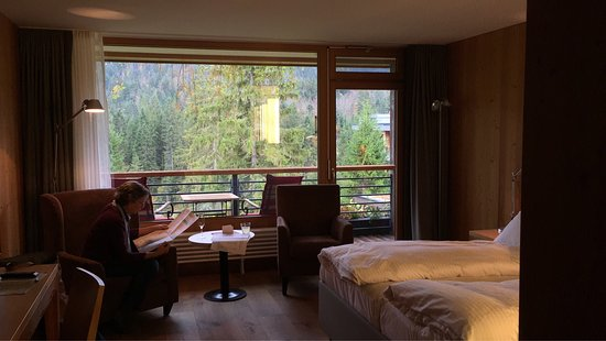 r ckansicht hotel kranzbach bild von das kranzbach kr n tripadvisor. Black Bedroom Furniture Sets. Home Design Ideas
